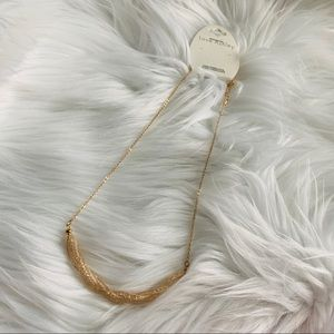 """NWT Gold tone """"Twisted"""" necklace"""